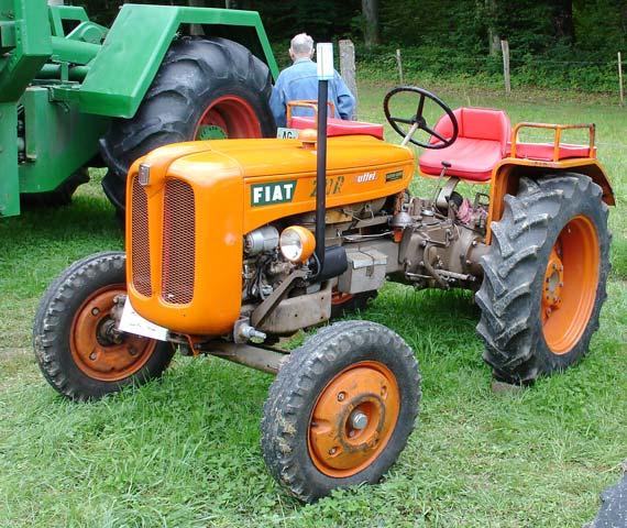 Bilder Von Oldtimer Traktoren